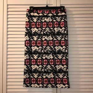 Renee C. Pencil Skirt, Size Medium